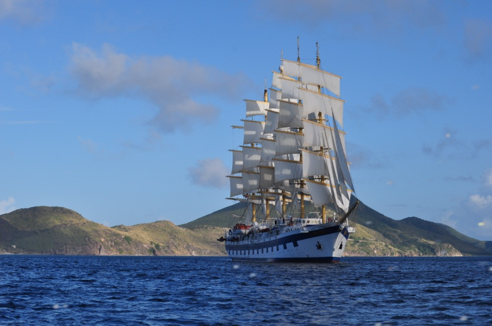 Royal_Clipper_The_Beautiful_Caribbean_14124015040